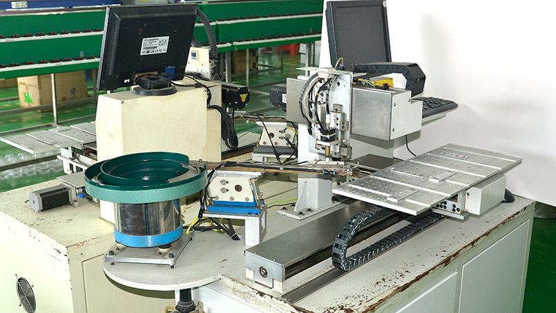 激扬生产设备-自动贴片机