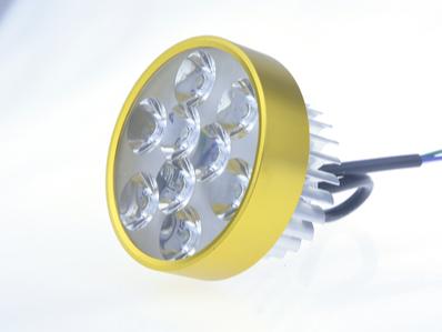 九珠内置LED车灯