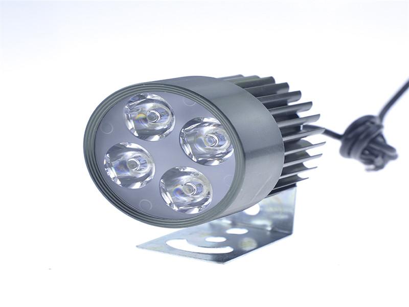 摩托车外置四珠LED灯